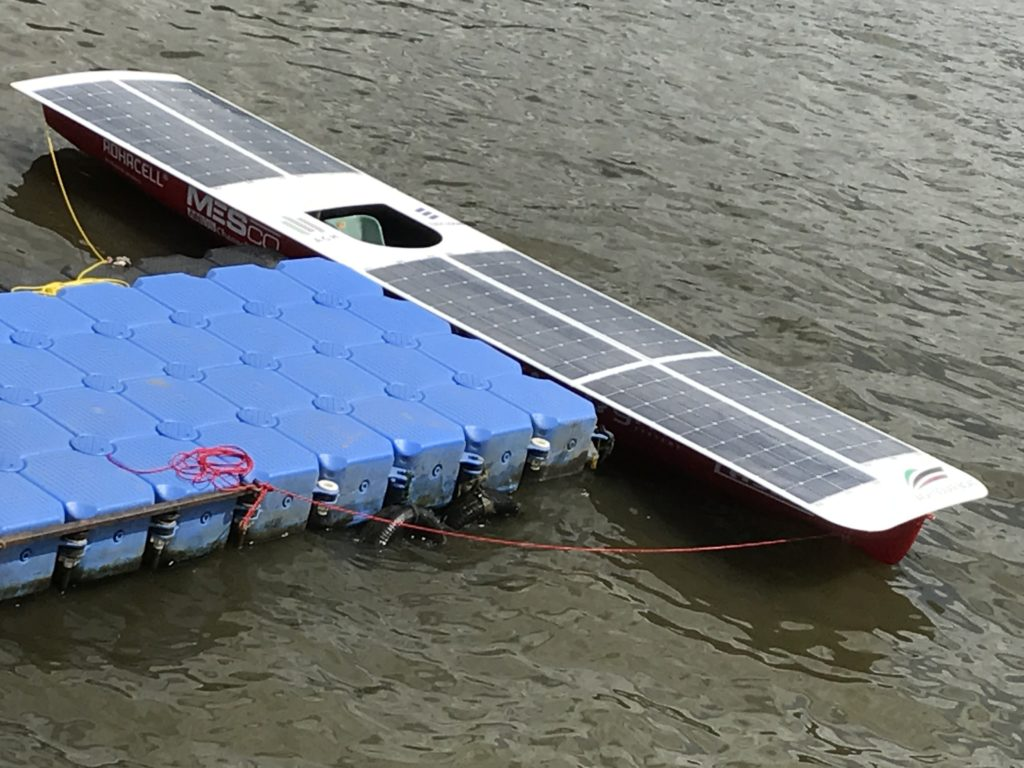 Łódka kompozytowa